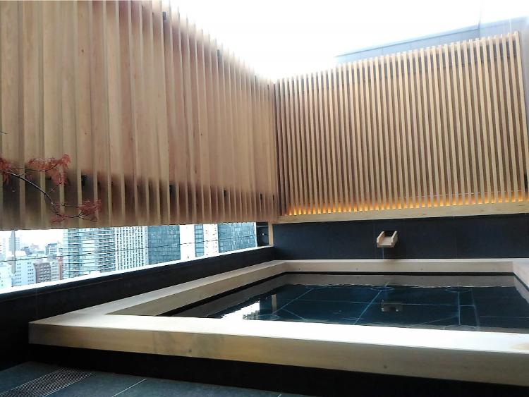 ONSEN RYOKAN 由縁 新宿の露天風呂