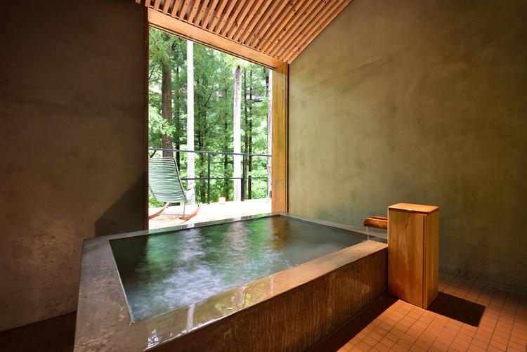 「ブラウンプレミアム」の温泉