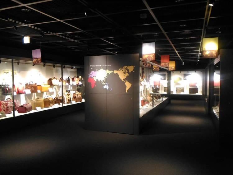 世界のカバン博物館世界のカバンコレクション